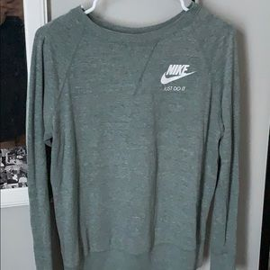 nike green workout long sleeve